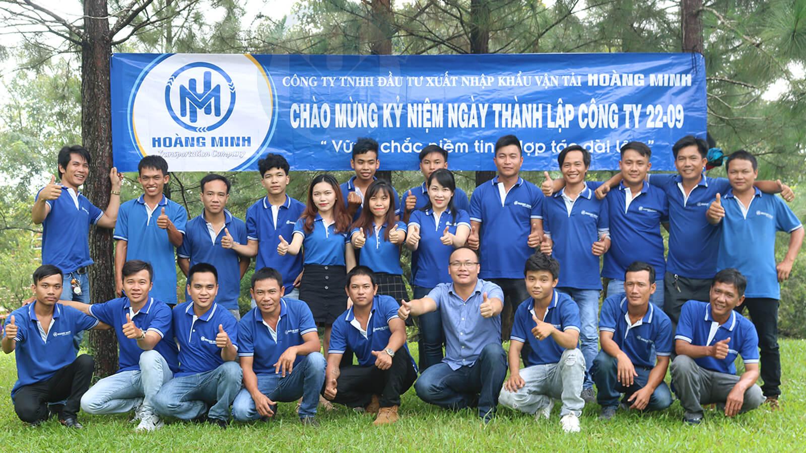 Cong-ty-van-tai-Hoang-Minh-1.jpg