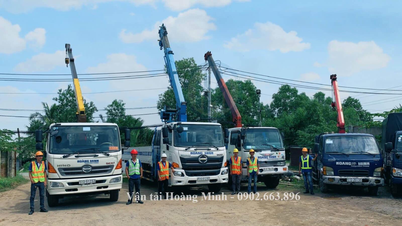Dịch vụ xe cẩu vận chuyển hàng hoá hoàng minh