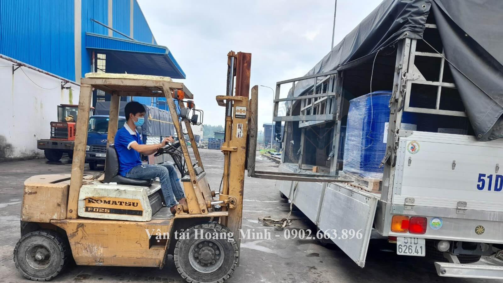 Chất lượng dịch vụ vận chuyển dầu nhớt của Vận tải Hoàng Minh